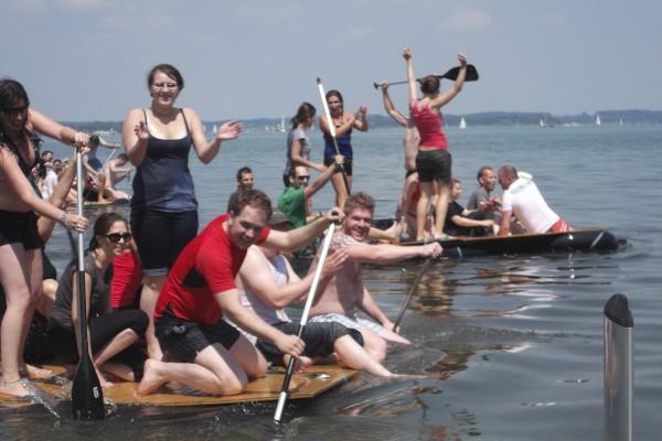 Floßbau Regatta