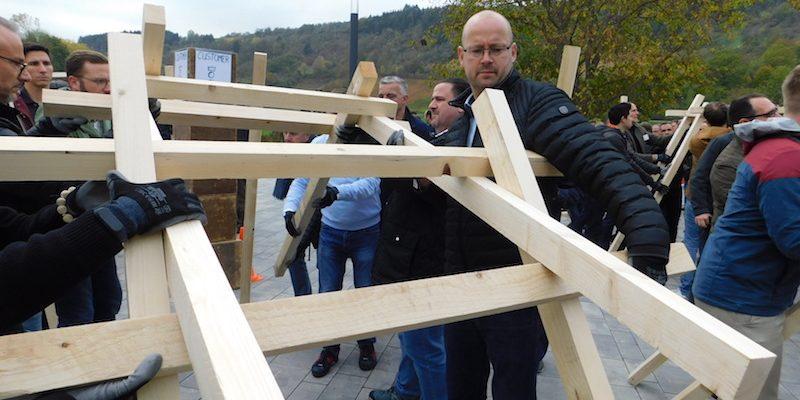 Brückenbau OPEN DOOR